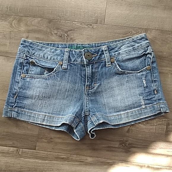 Arizona Jean Company Pants - 💙 ARIZONA JEAN CO. DENIM SHORTS 💙